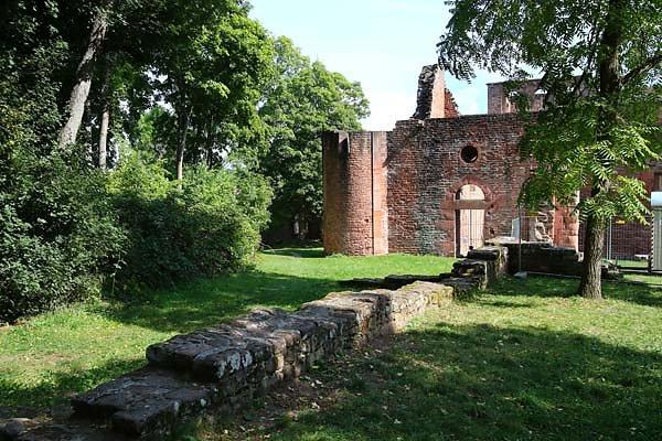 Klosterruine-Limburg-2.jpg