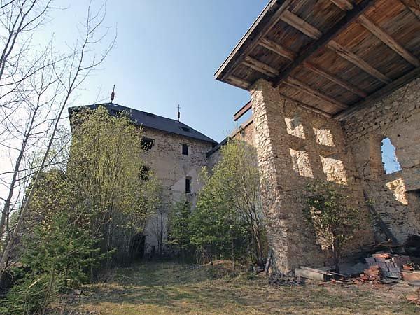 Burguine-Weissenegg-7.jpg