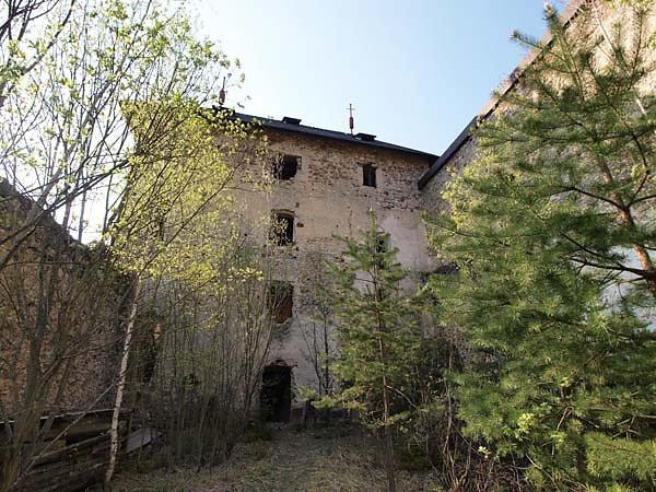Burguine-Weissenegg-12.jpg