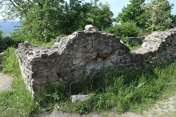 Burgruine-Tatika-14.jpg