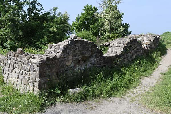 Burgruine-Tatika-18.jpg