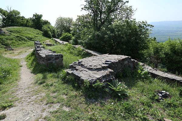 Burgruine-Tatika-20.jpg