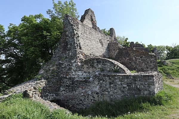 Burgruine-Tatika-21.jpg