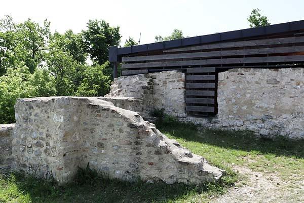 Burgruine-Rezi-8.jpg