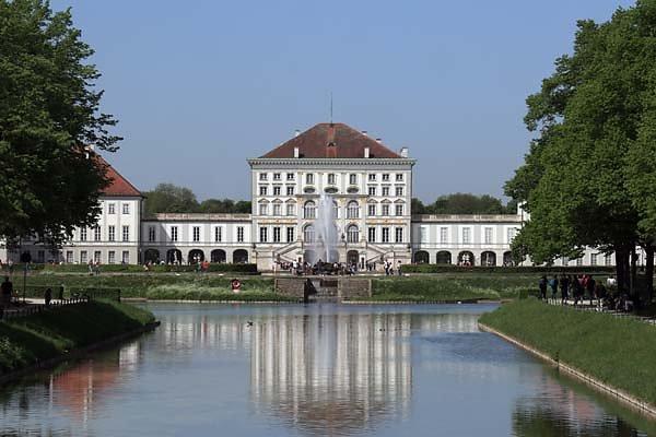 Schloss-Nymphenburg-2.jpg