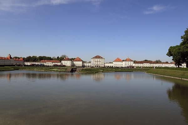 Schloss-Nymphenburg-3.jpg