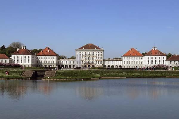 Schloss-Nymphenburg-7.jpg
