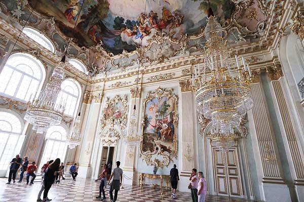 Schloss-Nymphenburg-106.jpg
