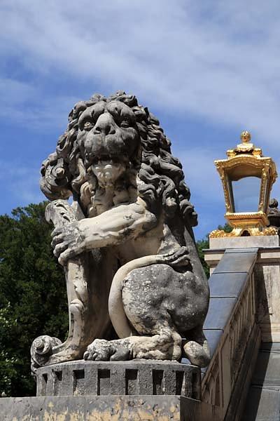 Schloss-Nymphenburg-Schlosspark-11.jpg