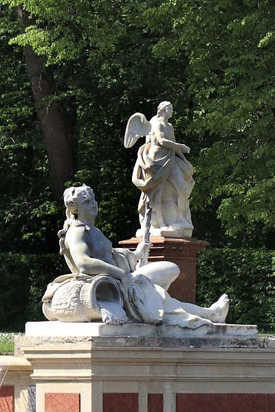 Schloss-Nymphenburg-Schlosspark-21.jpg