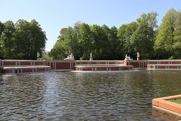 Schloss-Nymphenburg-Schlosspark-22.jpg