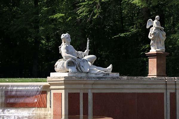 Schloss-Nymphenburg-Schlosspark-23.jpg