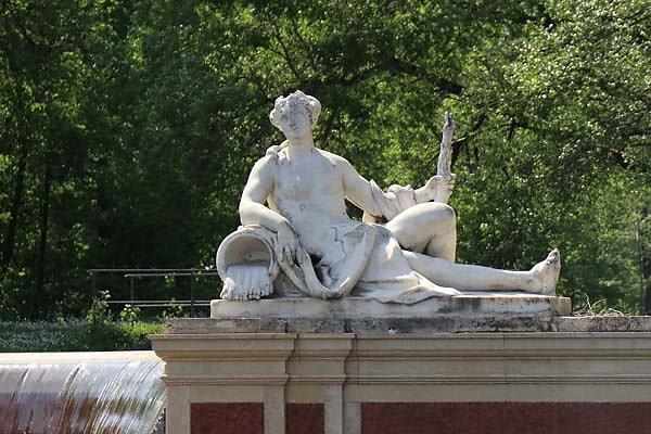 Schloss-Nymphenburg-Schlosspark-28.jpg