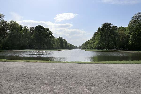 Schloss-Nymphenburg-Schlosspark-38.jpg