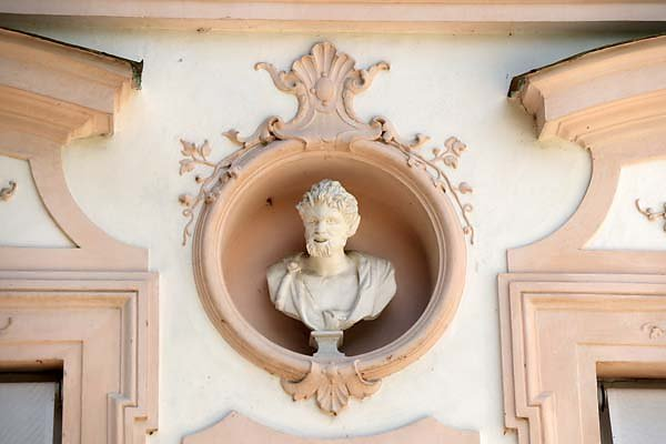 Schloss-Nymphenburg-Amalienburg-6.jpg