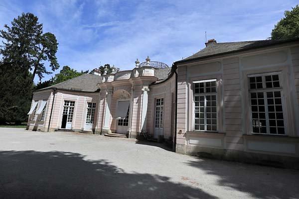 Schloss-Nymphenburg-Amalienburg-11.jpg