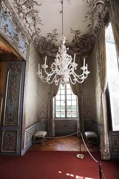 Schloss-Nymphenburg-Amalienburg-26.jpg