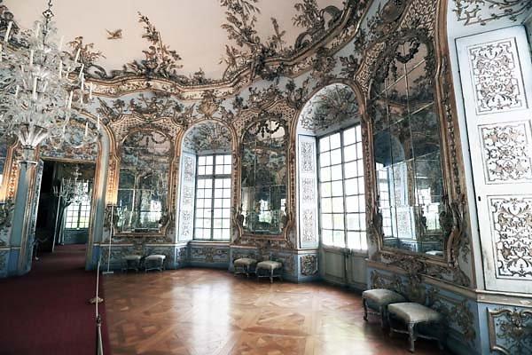 Schloss-Nymphenburg-Amalienburg-35.jpg