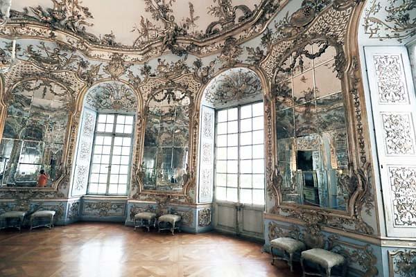 Schloss-Nymphenburg-Amalienburg-41.jpg