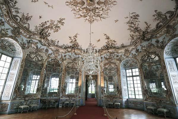 Schloss-Nymphenburg-Amalienburg-50.jpg