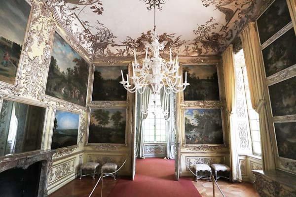 Schloss-Nymphenburg-Amalienburg-51.jpg