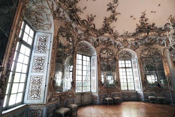 Schloss-Nymphenburg-Amalienburg-57.jpg