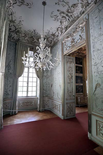 Schloss-Nymphenburg-Amalienburg-84.jpg