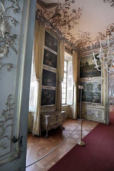 Schloss-Nymphenburg-Amalienburg-85.jpg