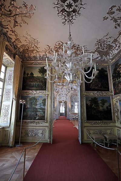 Schloss-Nymphenburg-Amalienburg-87.jpg