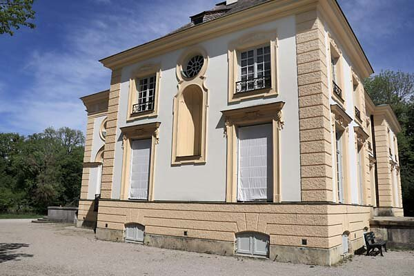 Schloss-Nymphenburg-Badenburg-11.jpg