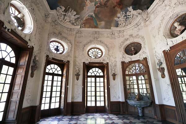 Schloss-Nymphenburg-Badenburg-18.jpg