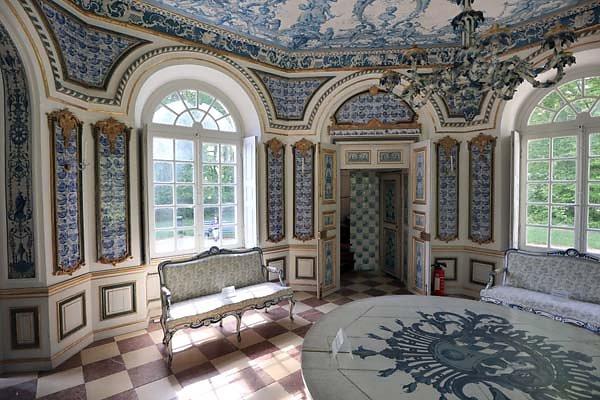Schloss-Nymphenburg-Pagodenburg-7.jpg