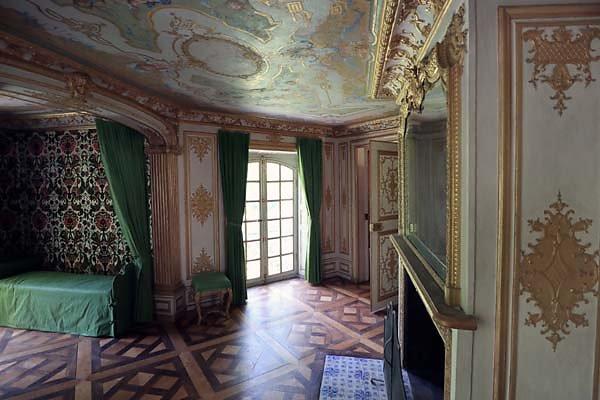 Schloss-Nymphenburg-Pagodenburg-17.jpg