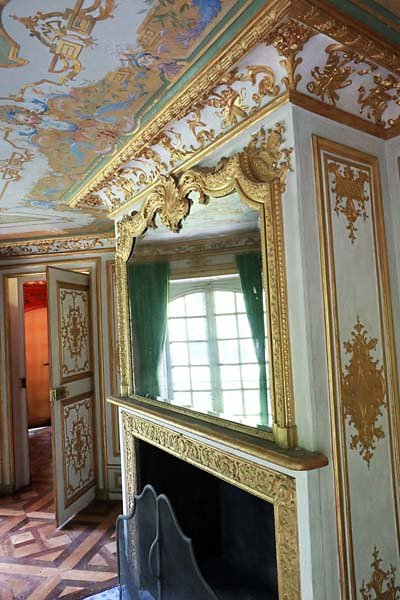 Schloss-Nymphenburg-Pagodenburg-26.jpg