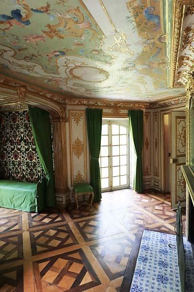 Schloss-Nymphenburg-Pagodenburg-29.jpg