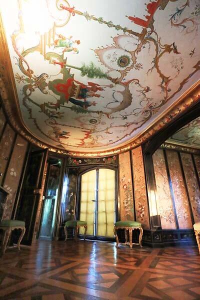 Schloss-Nymphenburg-Pagodenburg-32.jpg