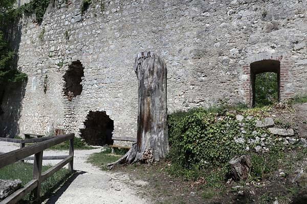 Burgruine-Randeck-25.jpg