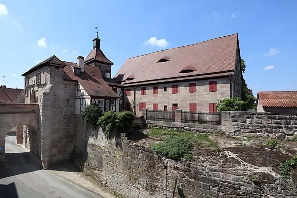 Burg-Cadolzburg-280.jpg