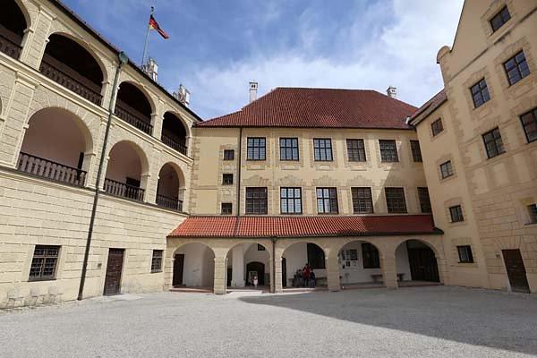 Burg-Trausnitz-101.jpg