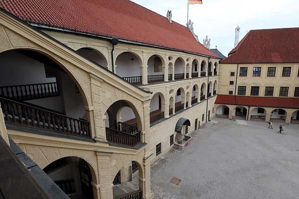 Burg-Trausnitz-160.jpg