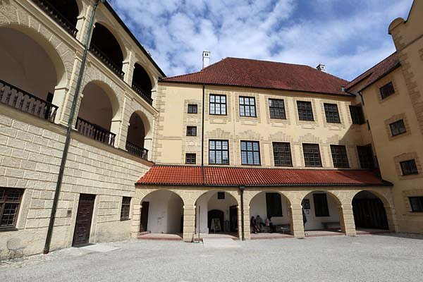 Burg-Trausnitz-192.jpg