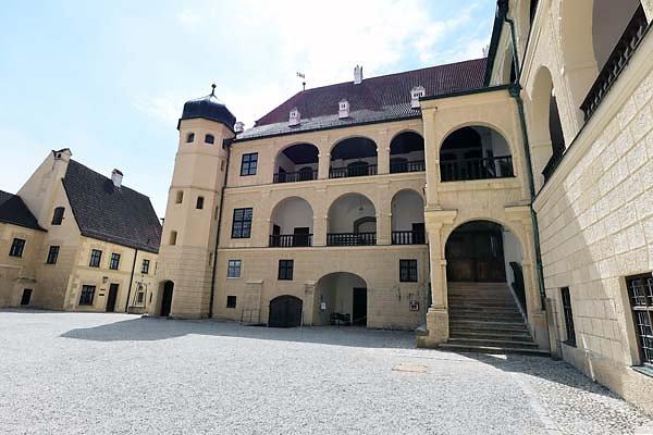 Burg-Trausnitz-195.jpg