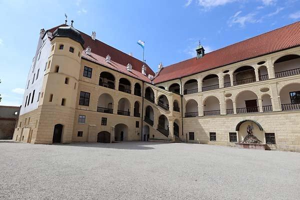 Burg-Trausnitz-200.jpg