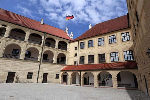 Burg-Trausnitz-202.jpg