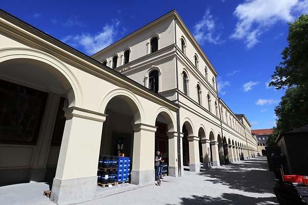 Muenchner-Residenz-7.jpg