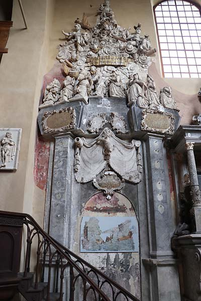 Schloss-Goseck-2.jpg