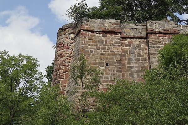 Burg-Schoenburg-2.jpg