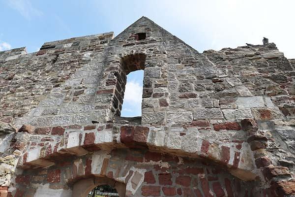 Burg-Schoenburg-13.jpg