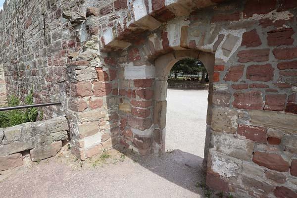 Burg-Schoenburg-14.jpg
