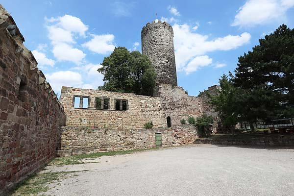 Burg-Schoenburg-15.jpg
